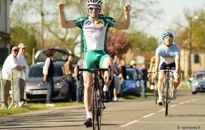 COURSE CYCLISTE DU PAYS D'ORTHE  F F C 2/3/ Juniors / PC Open le 14 Avril 2013